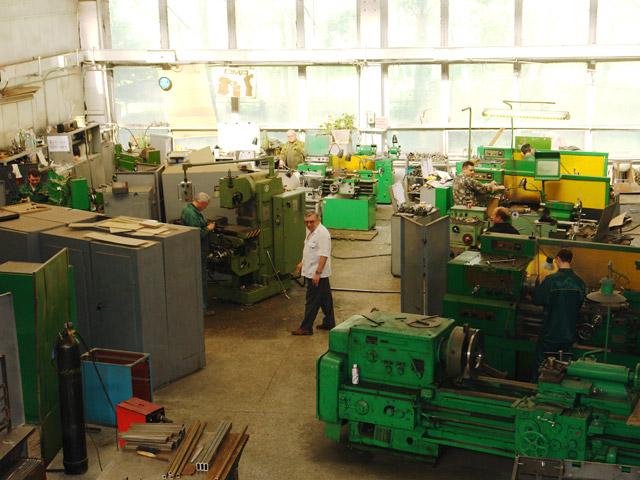 ...нестандартной контрольно-измерительной аппаратуры; -токарно-фрезерный участок; -слесарно-механический участок.