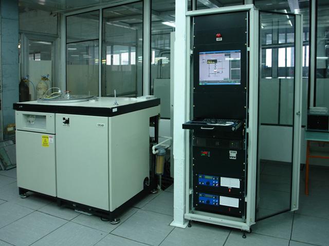 США) предназначеные для магнетронного напыления слоев PC-3710, Cu, Cr на поликоровых подложках размером 60х48 мм.