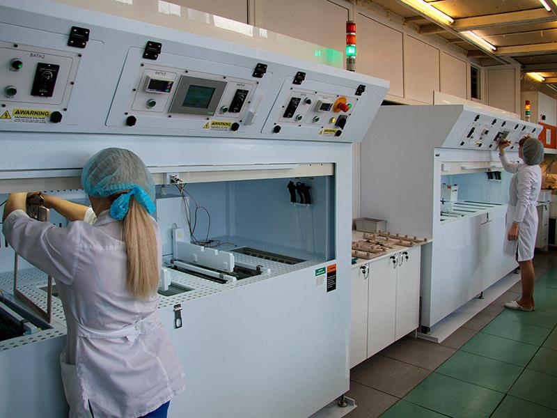 Гальваническая линия МАБАТ для процессов меднения, никелирования и золочения.